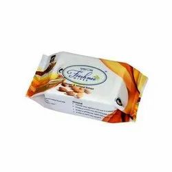 Vision Almond and Honey Freshmee Wipes