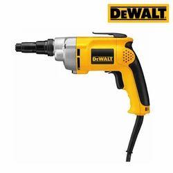 Dewalt DW268 Versaclutch Screwdriver, Power Consumption: 540 W