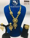 Gold Plated Chain Pendant Necklace Set