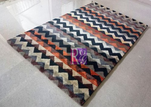 Geometric Design Viscose Carpet