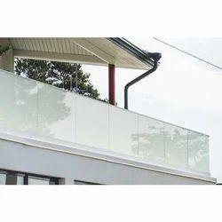 Outdoor Glass Railing