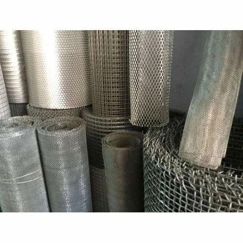 Galvanized Iron (GI) Fencing Galvanized Jali, Material Grade: Standard
