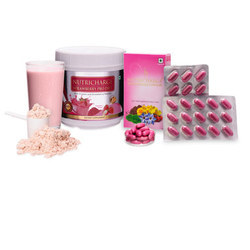 Nutricharge Woman and Strawberry ProDiet