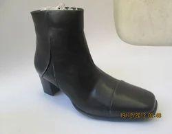 7c8ee7031d8c Women s Leatherette Winter Fashion Boots Boots Square Toe Mid-Calf Boots  Zipper White   Bl..