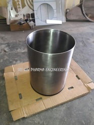 Silver SS Container 10-50 Liters, Size: Standard, Capacity: Standard