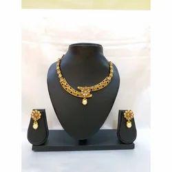 Golden Stylish Necklace Set