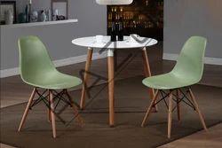 我空间咖啡桌椅,可容纳2人