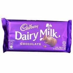 Cadbury Dairy Milk Chocolate, Packaging Type: Packet, 165 g