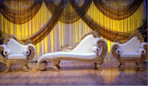 See Pic Golden Conch Wooden Carved White Divan Sofa Set