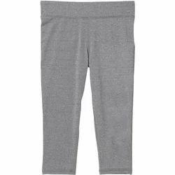 Ladies Grey Capris, Size: S, M & L
