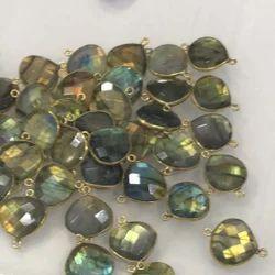 Labradorite Bezel Connectors Heart Shape Gold Plated