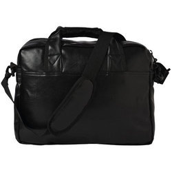 Plain F Gear Aristo 16 Ltrs Black Soft Sided Briefcase