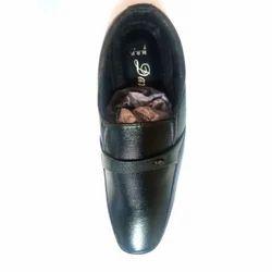 Davinchi Gents Leather Black Formal Shoes, Size: 6-9 & 7-10