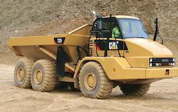 Cat 725 Articulated Off-Highway Trucks