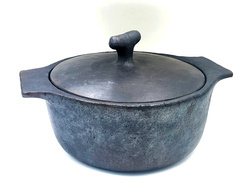 RURAL SHADES Handcrafted Black Stone Casserole