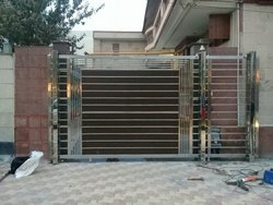 silver Stainless Steel Automatic SS Sliding Gate, For Residential