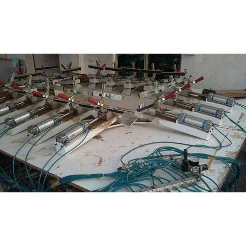 Screen Structure Pneumatic Clamps