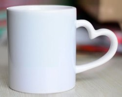 Heart handle White Mug