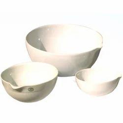Hitech India White Porcelain Dish, Packaging Type: Box