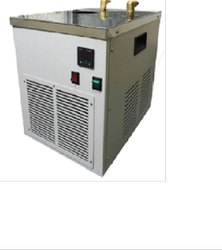 Single Phase Medium Water Chiller, Capacity: 9 Liter