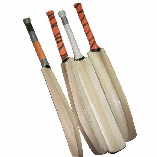 6c0b46df53b Light Weight English Willow Cricket Bat at Rs 2100  piece