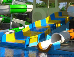 Family Water Slide In Water Park