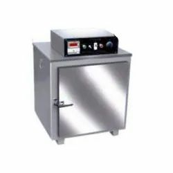Ambient to 250 DegreeC Mechanical Convection Hot Air Oven