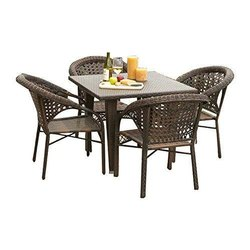 Universal Furniture Outdoor Garden & Balcony  Table with 4 Chairs