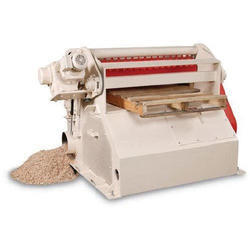 Iron Cattle Feed Grinding Machine, Voltage: 220 V