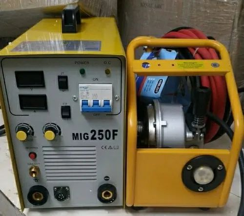 Three Phase Mig Welding Machine, For Industrial, Current: 200-300 A