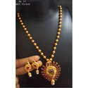 Party Wear Fashionable Necklace Set