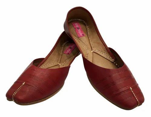 77a1c5630e14 Step n Style Red Sizes Ladies Cherry Pure Leather Punjabi Jutti Pakistani  Jutti