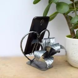 Unique Creation Iron Heart Shaped Mobile Stand, Size: Medium