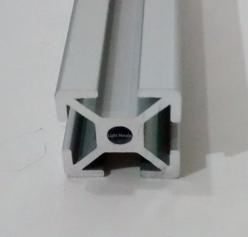 Angle LM 20x20 Aluminium Extrusion, Light Metals | ID