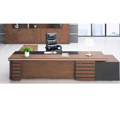 Wooden Corporate/office Interior Designing Office Executive Table