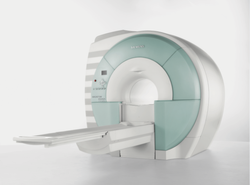 Siemens 3 Tesla Closed MRI Scan Machine