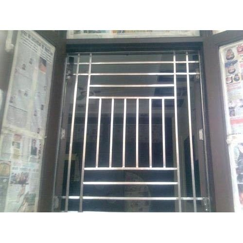Modern Modular Stainless Steel Window, For Home, Size/Dimension: 3 To 4 Feet (height)