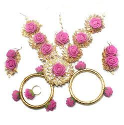 Gotta Patti Necklace Set with Mangtikka, Earrings, Ring and Bangle