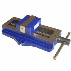 Herman Greaded Casting HE 139 - Fixed Self Centering Vice, for Industrial