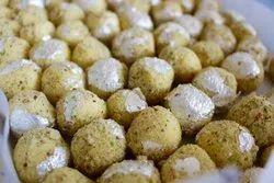 Kesar Pista Truffles Chocolate