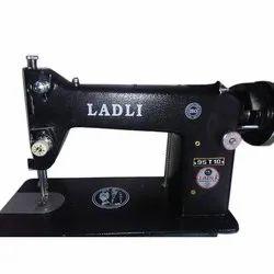 95 T10 Zuki Model Ladli Black Sewing Machine