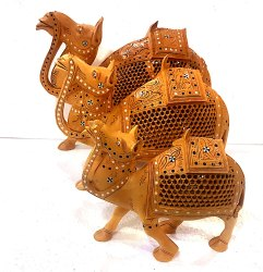 Wooden Undercut Work Camel