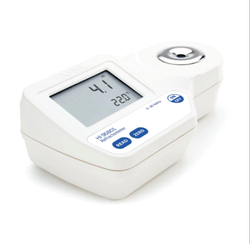 Digital Refractometer for Brix Measurement in Food