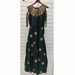 Minu Party Wear Ladies Embroidered Cotton Gown, Size: S-XXL