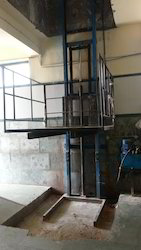 Mild Steel Hydraulic Goods Lift