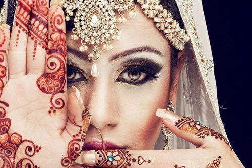 Mehndi Artist : Wedding mehndi artist in delhi sagarpur new