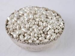 Sugar Cardamom Sugar Coated Sweet Silver Ilaichi, Coated, Packaging Type: Vacuum / Loose / Pp Bag / Tin