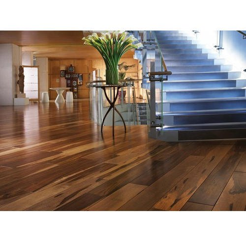 Engineered Wood Flooring Recommended Thickness: Maple Engineered Wooden Flooring, Thickness: 10