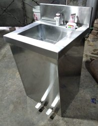 Foot Operated Hand Wash Sink With Soap Dispenser
