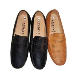 Men Plain Loafer